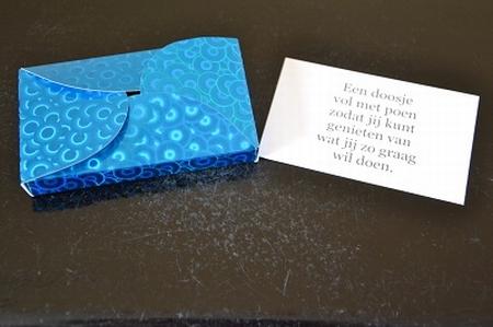 Een doosje vol met...poen (YML 2826)